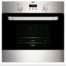 Zanussi built in single oven BRAND NEW