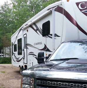 Sale or trade 3550 RL 38.5 ft  Cardinal RV