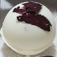 #Mother's #day #bath #bombs #rose #pedals