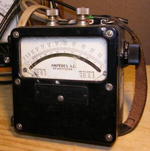 ampèremètre ou voltmètre.