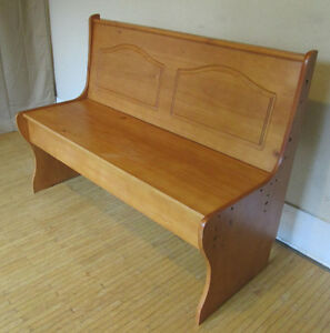 Church Bench – Seat Opens For Storage Inside