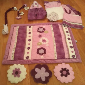 Baby Girl Crib Bedding Set --very cute!