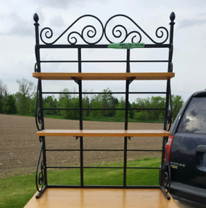 Cast Iron Bakers Rack with 2 shelves