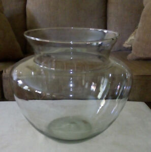 11 litre LA MEDITERRANEA HAND-MADE GLASS GLOBE FISH TANK
