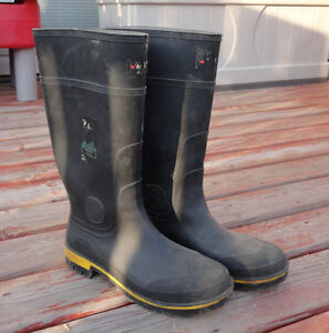 Steel Toed boots, Rubber Work Boots, Size 11: Baffins