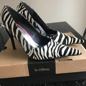 **LADIES ZEBRA STRIPPED HIGH HEEL SHOES FOR SALE-SIZE 8.5**