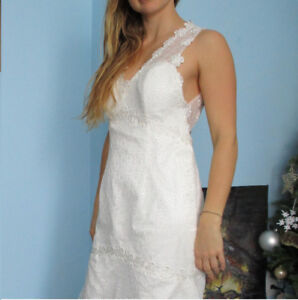 Clavonna lace and satin wedding dress -size 6/8