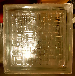 "Glass Blocks 8""x8""x4"" Qty:60"