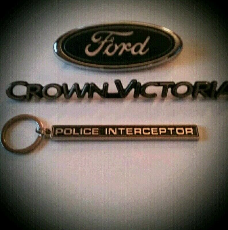 Police Interceptor badge keychain(only) (D8)