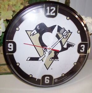 NHL Pittsburgh Penguins Clock, Cap, and Malkin Collectable Set London Ontario image 4