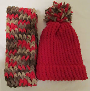 CHRISTMAS HOLIDAY SALE - KNITTED HATS AND SCARVES Windsor Region Ontario image 6