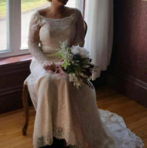 Stella York wedding gown 400$