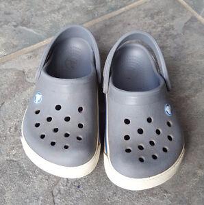 Size 6-7 Crocs