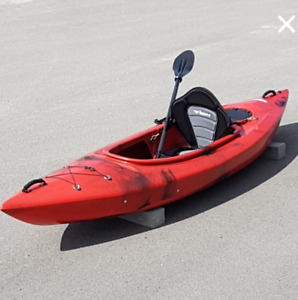 Entry Level Recreational Kayak.  free paddle and delivery