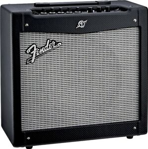 Amp Fender Mustang 2 Version 2. Comme neuf !