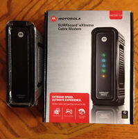 Motorola SB6121 Cable Modem in Excellent Condition