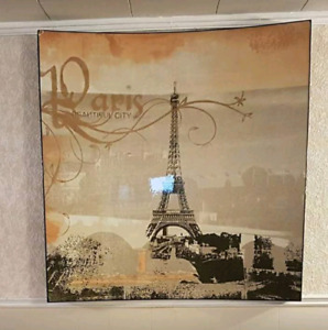 Large Eiffel Tower curved art