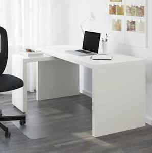Desk with pull-out panel