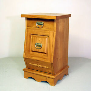 Attractive blonde Oak Kitchen Potato Bin SEE VIDEO