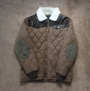 Sherpa Jacket (Mint Condition)