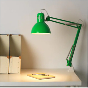 Lampe de bureau Ikea verte