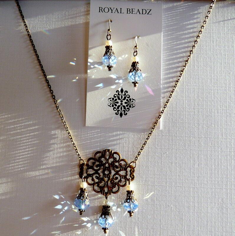Art Nouveau Vintage Style Light Blue Crystal Pearl Earring Necklace Set