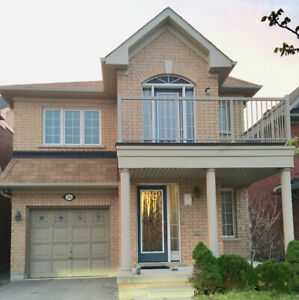 DETACHED HOUSE FOR RENT IN AJAX