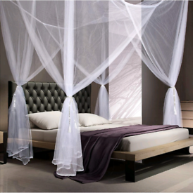 Four poster bed net
