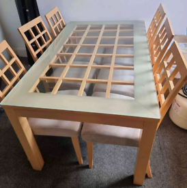 6 seater dining table and chairs. Good condition. Delivery available
