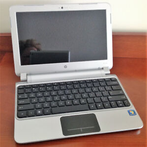 """""""  HP Mini 3105m Notebook """""""