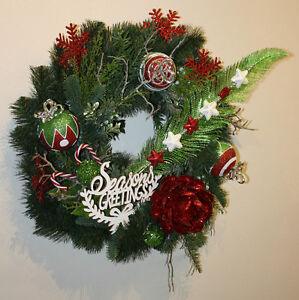 Unique Crafted Holiday Wreath Stratford Kitchener Area image 1
