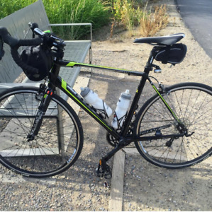 Giant Defy 3 - Road bike vélo - Like new condition