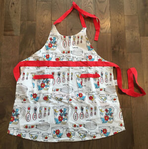 MOLLY & HATCH  KITCHEN APRON - NEW UNUSED CONDITION