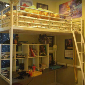 Loft bed with desk (twin)