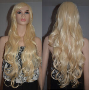 BRAND NEW Deluxe Blonde Highlighted Curly Wig