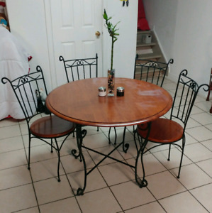 Dining Table with 4 chairs -Antique