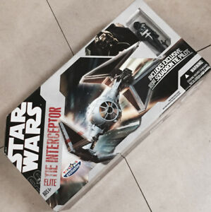 STAR WARS Tie Interceptor Fighter TRU NIB 3140 Dundas St. West