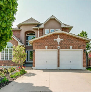 Ancaster/West Mountain House!