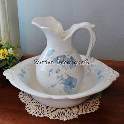 Blue & White FLORAL DAISY PANSY WATER PITCHER & BOWL HAEGER 4060 USA Vintage