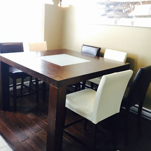 9 Piece Dining Set - Moving needs sold today!!!