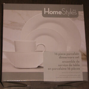 16 Piece Porcelain Dinnerware