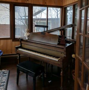 Personalized video piano lessons