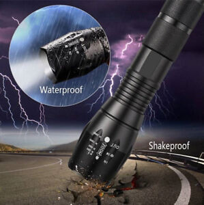 8000 Lumens Zoom-able LED Tactical Flashlight (Chwk)