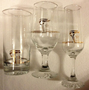 17 Petro-Canada 1988 Calgary Olympic glasses (champagne, goblet)