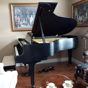 """1982 Yamaha 6'6"""" Grand Piano (C5)"""