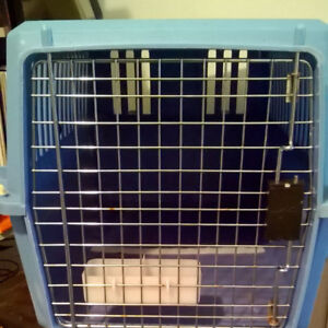 LARGE CAT CARRIER with WHEELS