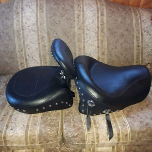 Mustang saddle for 1500 Vulcan/ Nomad