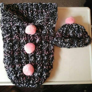 "Hand knitted Baby ""Cables"" Cocoon sac"