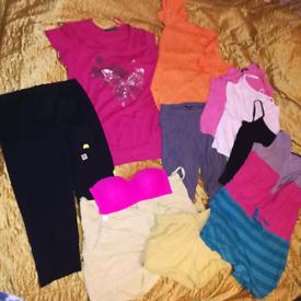 Ladies bundle clothes size 14 /16