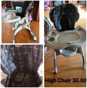 High chair (sold pending pick up)